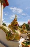 Het Thaise Ontwerp van het Patroon op muur Stock Afbeeldingen
