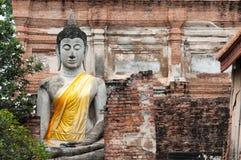 Het Thaise standbeeld van Boedha Stock Foto's