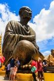 Het Thaise standbeeld van Boedha Royalty-vrije Stock Foto's