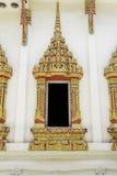 Het Thaise venster van de stijl Boeddhistische kerk Royalty-vrije Stock Foto