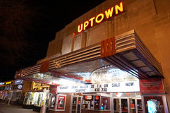 Het Theater van de Uptownfilm bij Nacht Royalty-vrije Stock Fotografie