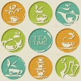 Het theepatroon bestaat uit ronde vormen met voedselelementen. Stock Fotografie