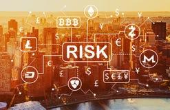 Het thema van het Cryptocurrencyrisico met luchtmening van NY horizon Stock Afbeelding