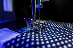 Het thema van handwerk, het naaien, kleermakerij, naaimachine Royalty-vrije Stock Foto