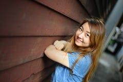 Het tienervrouw ontspannen Royalty-vrije Stock Fotografie