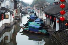 Het toerisme van China: Stad van het Water van Zhouzhuang de oude stock foto