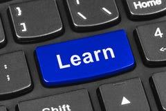 Het toetsenbord van het computernotitieboekje met Learn sleutel Royalty-vrije Stock Fotografie