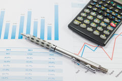 Het tonen van zaken en financieel verslag Royalty-vrije Stock Afbeeldingen