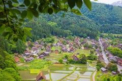 Het traditionele en Historische Japanse dorp Shirakawago in de Prefectuur Japan, Gokayama is van Gifu ingeschreven royalty-vrije stock foto