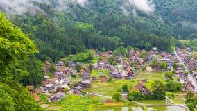 Het traditionele en Historische Japanse dorp Shirakawago in de Prefectuur Japan, Gokayama is van Gifu ingeschreven stock afbeeldingen