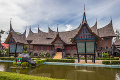 Het traditionele huis van Indonesië, Replica traditioneel huis wij Royalty-vrije Stock Afbeeldingen