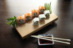 Het traditionele Japanse voedsel van sushi Stock Foto
