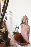 Het traditionele kraan en gootsteen plaatsen Stock Afbeelding