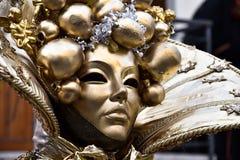 Het traditionele Venetiaanse masker van Carnaval Royalty-vrije Stock Afbeeldingen