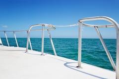 Het traliewerk van de boot stock foto