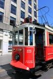 Het tramspoor van de Taksimstraat in Istanboel, Turkije Royalty-vrije Stock Afbeeldingen