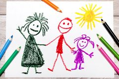 Het trekken: gelukkige familie Moeder, vader en dochter stock foto