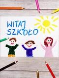 Het trekken: Pools woordonthaal AAN SCHOOL, de schoolbouw en gelukkige kinderen royalty-vrije stock fotografie