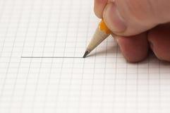 Het trekken van een lijn met potlood Royalty-vrije Stock Fotografie
