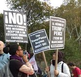 Het troefregime moet gaan, Fascisme, Washington Square Park, NYC, NY, de V.S. weigeren Stock Afbeeldingen