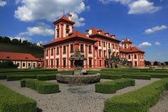 Het Trojapaleis is een Barok die paleis in Troja, het noordwestenstad wordt gevestigd van Praag (Tsjechische Republiek) Royalty-vrije Stock Afbeeldingen