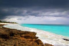 Het tropische onweer dat van de orkaan met Caraïbische overzees begint Royalty-vrije Stock Foto's