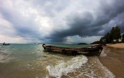 Het tropische onweer komt, Thailand Royalty-vrije Stock Fotografie