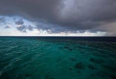 Het tropische onweer van Bofore Stock Foto