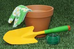 Het tuinieren hulpmiddelen Stock Afbeeldingen