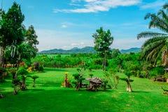 Het tuinlandschap in dag stock fotografie