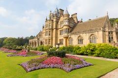 Het Tyntesfieldhuis dichtbij Bristol-het Victoriaanse herenhuis dat van het noordensomerset england het UK mooie bloem kenmerkt t Stock Fotografie