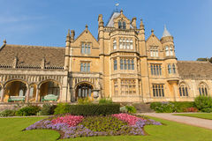 Het Tyntesfieldhuis Wraxhall Somerset England het UK een toeristische attractie die mooie bloem kenmerken tuiniert Victoriaans he Stock Foto