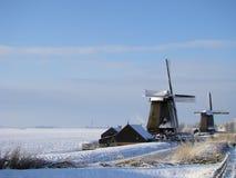 Het typische Nederlandse landschap van de Winter royalty-vrije stock afbeeldingen