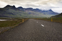 Het uitrekken van Weg in Noordelijk IJsland Stock Fotografie