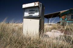 Het uitstekende benzinestation van de V.S. stock fotografie