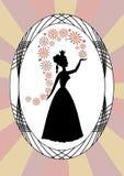 Het uitstekende damesilhouet, dame het werpen bloeit, in ovaal kader op stralenachtergrond, art decostijl Stock Afbeelding