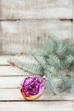 Het uitstekende stuk speelgoed van de glaskerstboom Royalty-vrije Stock Fotografie
