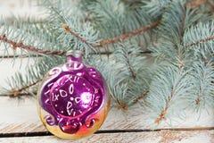 Het uitstekende stuk speelgoed van de glaskerstboom Royalty-vrije Stock Foto's