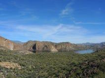 Het Uitzicht van het canionmeer Stock Afbeelding