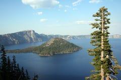 Het Uitzicht van het kratermeer Royalty-vrije Stock Afbeeldingen