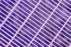 Het ultra purpere rooster van de Staalgrond Roestvrij staaltextuur, achtergrond voor website of mobiele apparaten stock fotografie