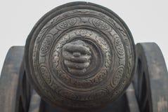 Het unieke gevouwen vingersymbool wordt genoemd 'fico 'in het Portugees wat 'goed geluk 'bedoelt stock afbeelding
