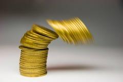 Het vallen van geld Stock Foto