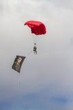 Het valschermteam bij Lucht toont van Turkse Luchtmacht Stock Foto's