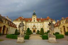 Het Valticekasteel in Tsjechische Republiek, werd de stad opgericht in 13de centure stock foto's