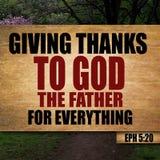 Het 5:20 van dankzeggingsephesians stock afbeeldingen