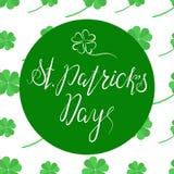 Het van letters voorzien Gelukkige St Patricka Dag Stock Foto's