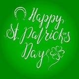 Het van letters voorzien Gelukkige St Patricka Dag Stock Afbeeldingen