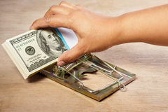 Het vangen van geld royalty-vrije stock afbeeldingen