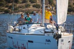 Het varen de Herfst van 2016 van regatta zestiende Ellada onder Griekse eilandgroep in het Egeïsche Overzees, in Cycladen en Saro Royalty-vrije Stock Afbeeldingen